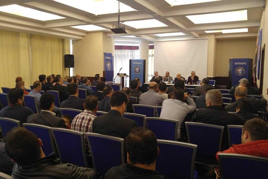 Tez Koop İş İzmir Şubesi'nde olağanüstü genel kurul yapıldı