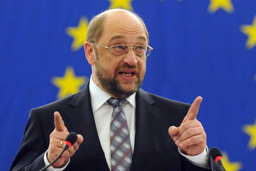 Schulz: Cumhuriyet'e operasyonla kırmızı çizgi geçildi