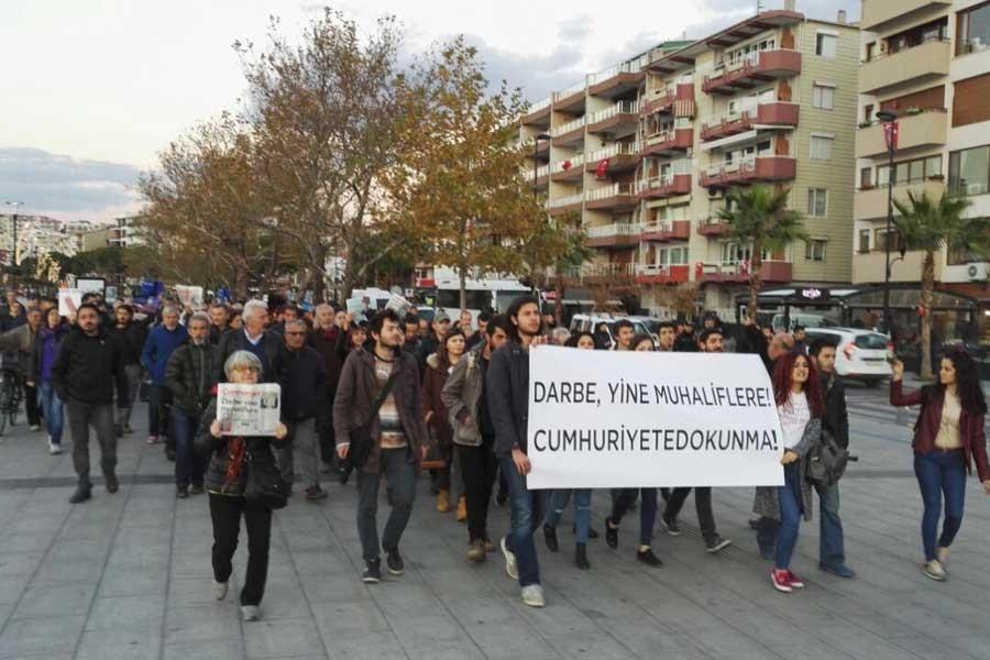 Medyaya baskı Çanakkale'de protesto edildi