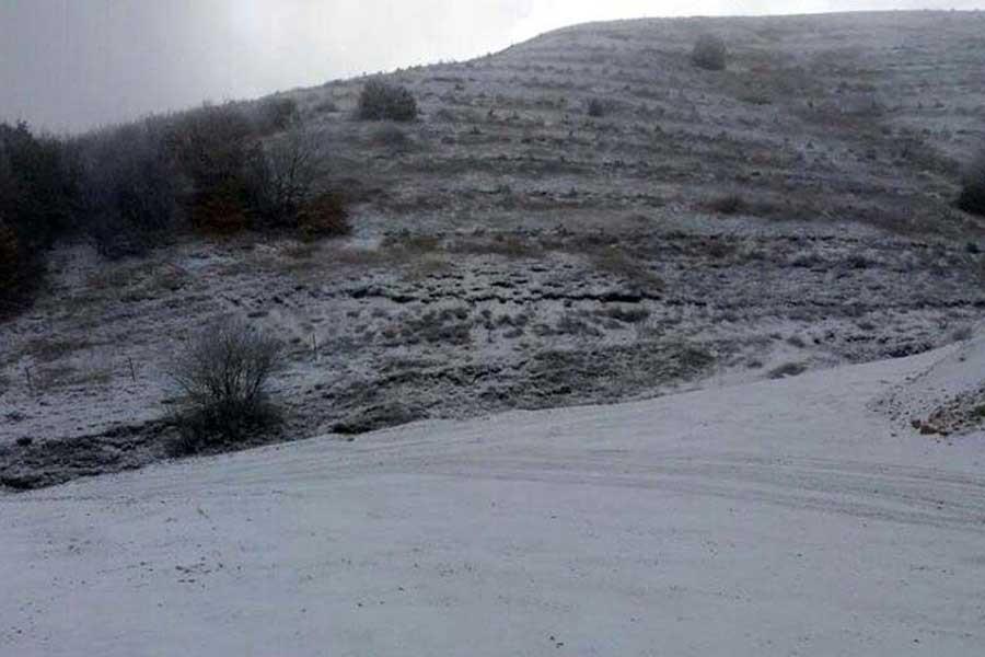 Tokat'ta mevsimin ilk karı yağdı
