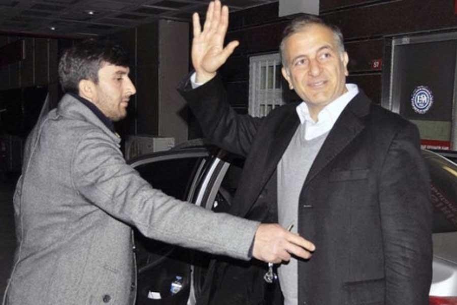 Dumanlı ve Karaca'nın gözaltına alınmasına tepkiye gözaltı