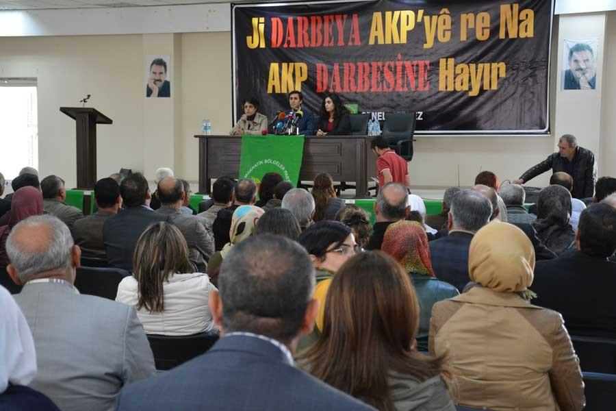 DBP Eş Başkanları: Bu darbeye karşı birlikte direnmeliyiz
