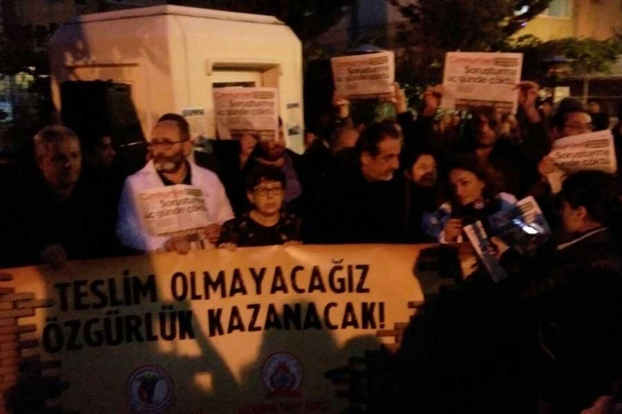 İstanbul Tabip Odası'ndan 'Cumhuriyet' nöbeti