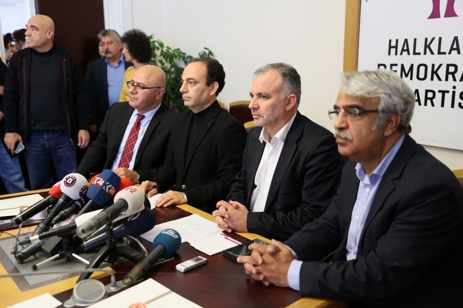 Sancar: Ülkenin kalbine bombalar atılıyor