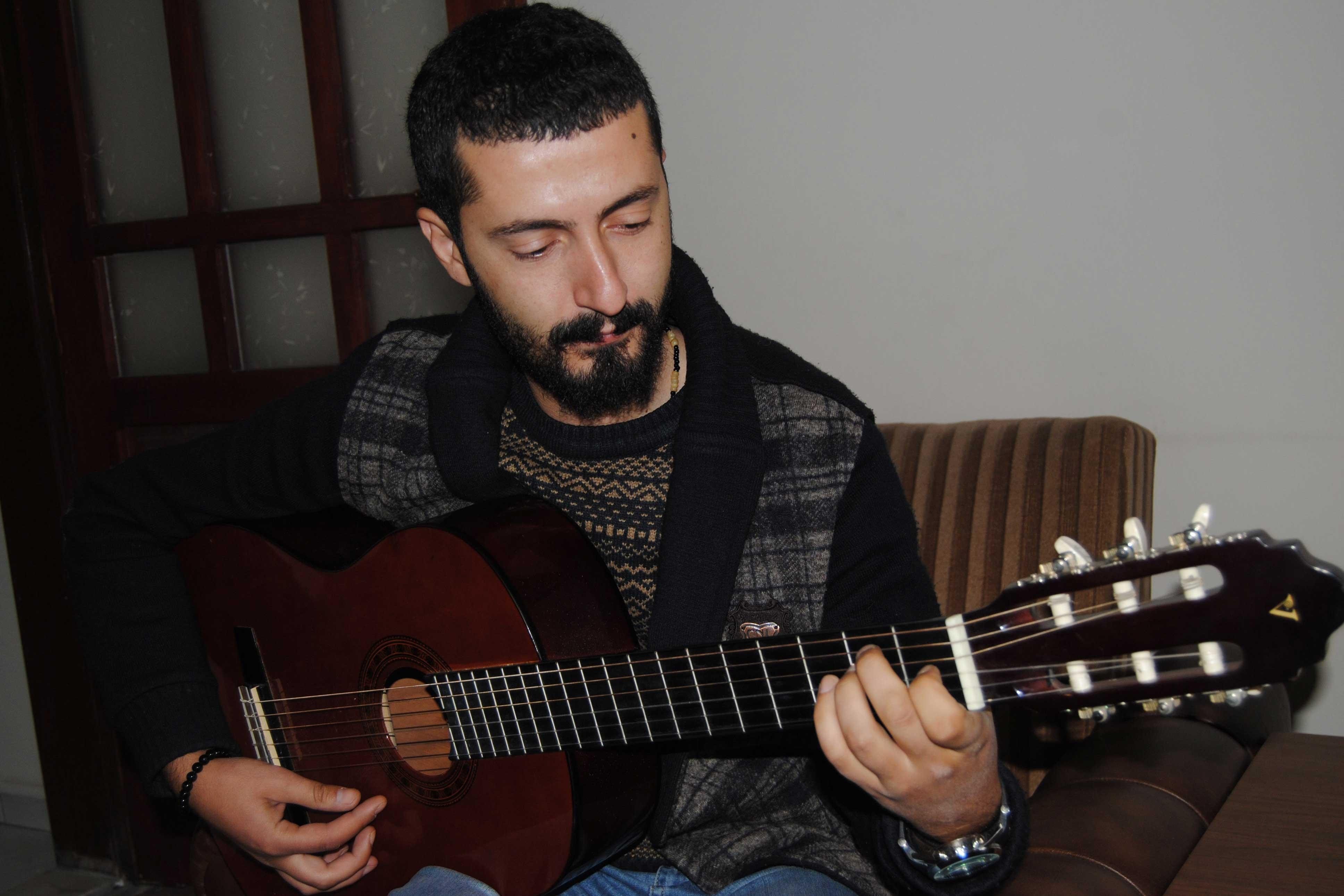 Savaşın çocuklarına barış şarkıları