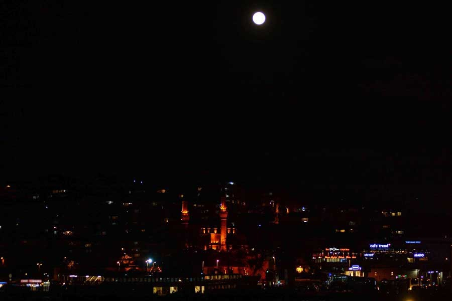 İstanbul'dan Süper Ay manzaraları