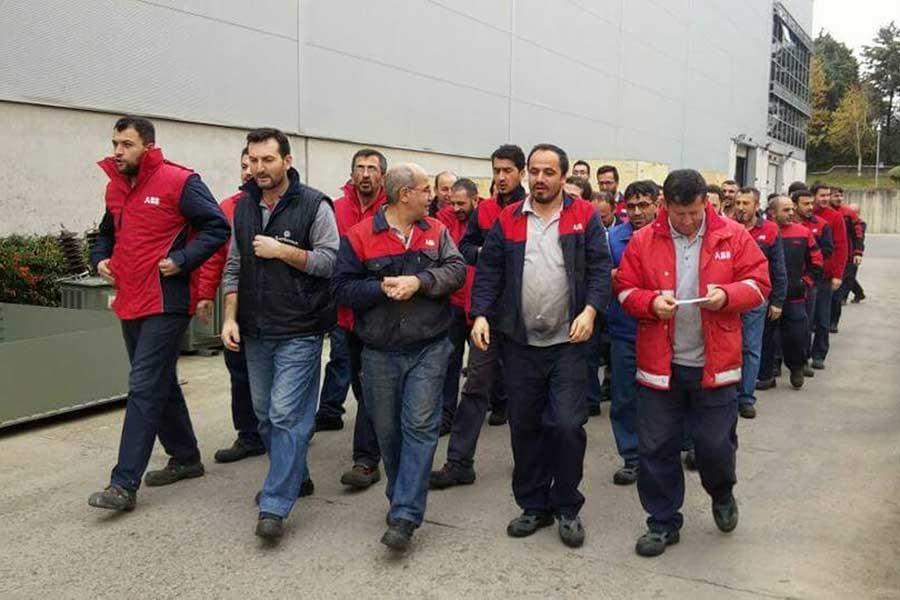 Metal işçileri EMİS'i uyardı