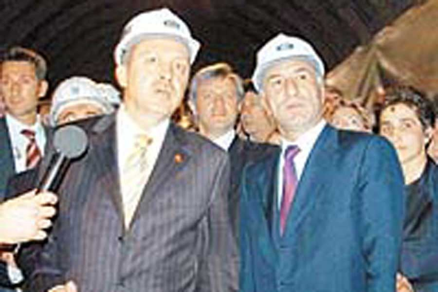 Açılışını Erdoğan yapmış, Ciner 'Önümüzü açın' demişti