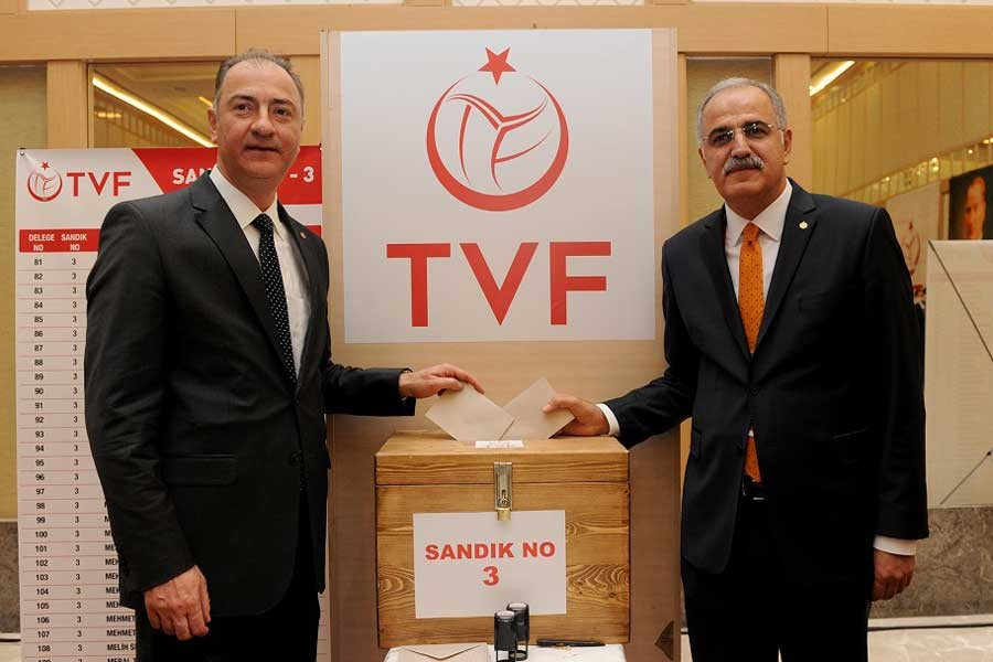 Üstündağ, Türkiye Voleybol Federasyonu başkanlığına seçildi
