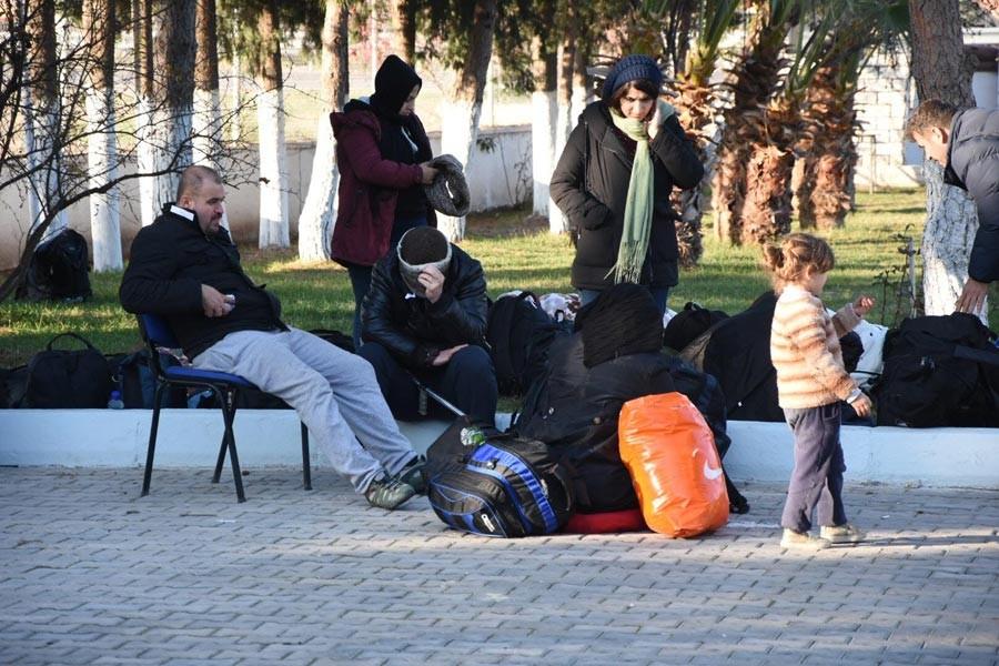 İstanbul'dan gelen 80 Suriyeli mülteci Urla'da engellendi