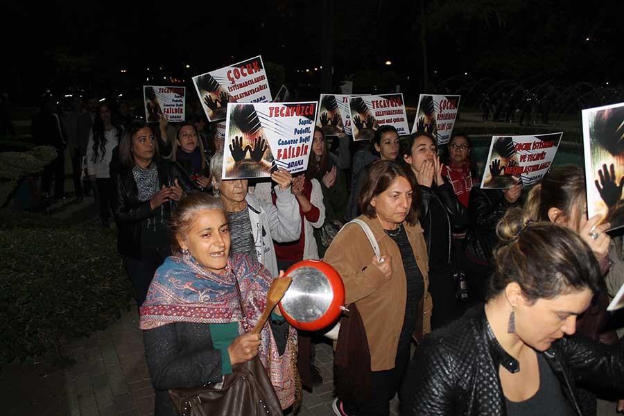 Adana'da kadınlar istismar düzenlemesine 'hayır' dedi