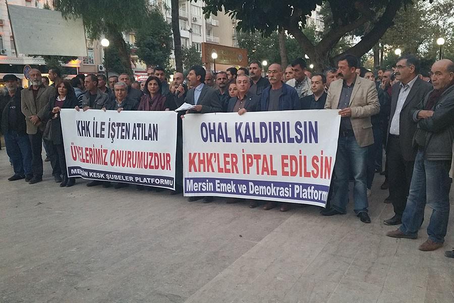 KESK'lilere yönelik ihraçlar protesto edildi