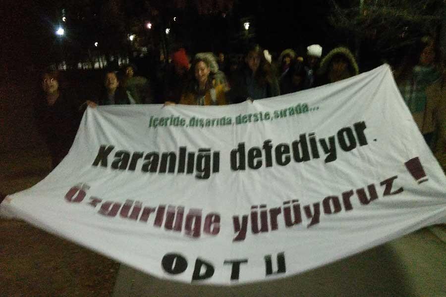 ODTÜ'de kadınlardan Erdoğan ve Alpay'a destek