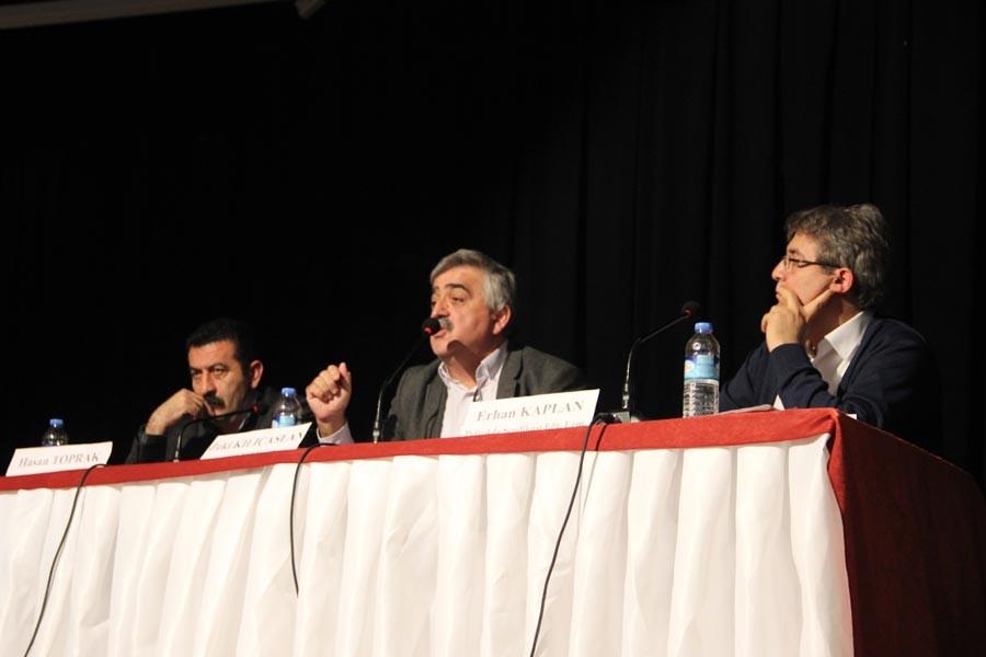Lüleburgaz'da 'OHAL'de emek mücadelesi' paneli yapıldı