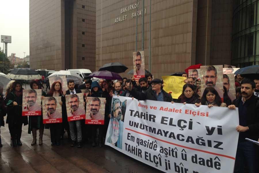 Hukukçular Tahir Elçi'yi Bakırköy Adliyesinde andı