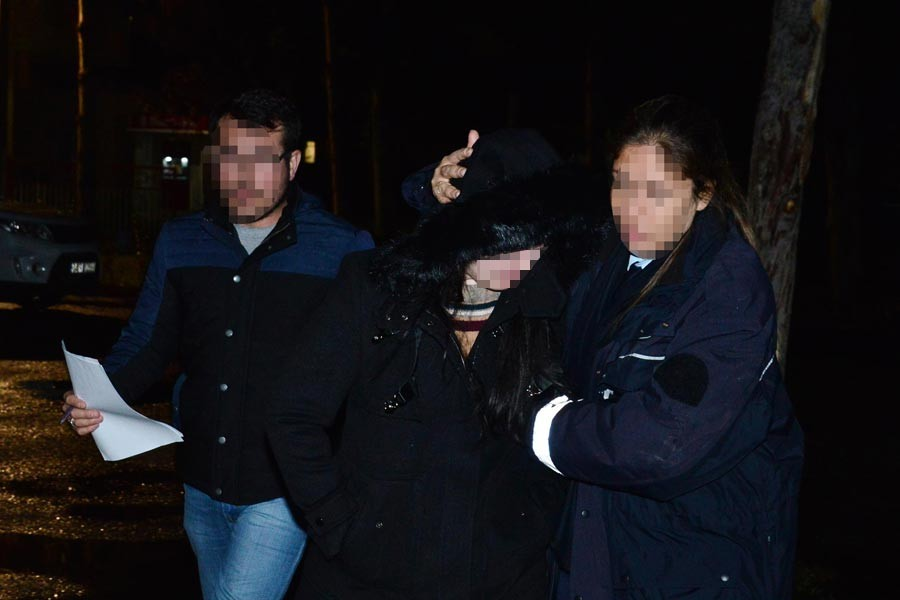 Adana'da 7 hakim ve savcı gözaltına alındı