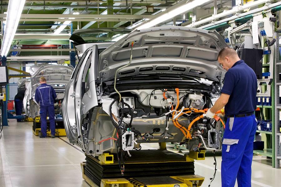 Otomotiv rekor kırdı, işçi hakkını istiyor