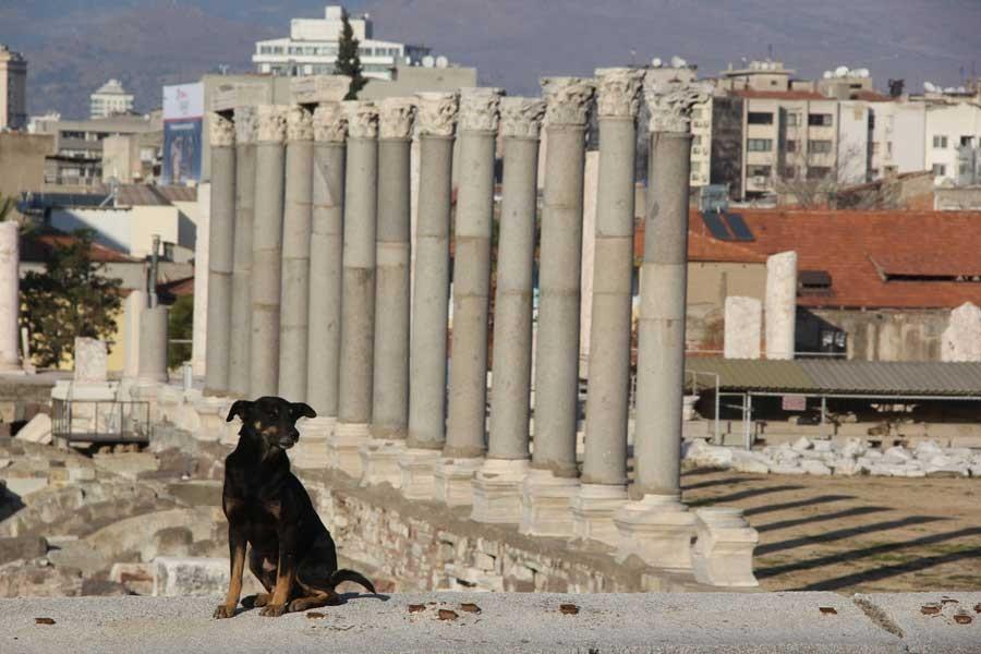 Basmane'nin tarihi ve mimari zenginliği kayboluyor
