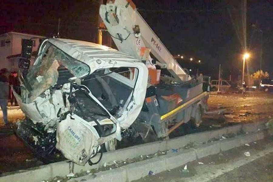 Reşadiye'de kaza: 1 ölü, 4 yaralı