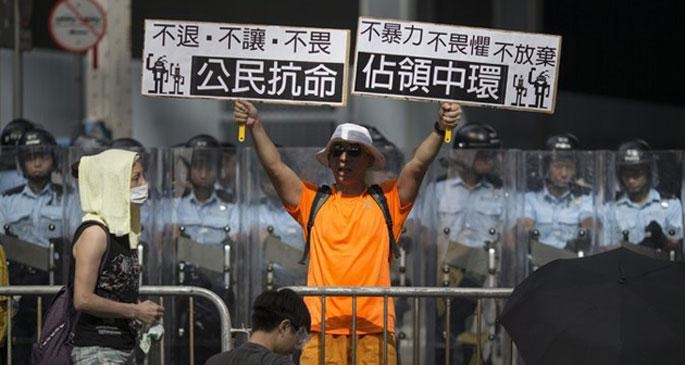 Hong Kong'da 'Ayaklar baş olursa' korkusu