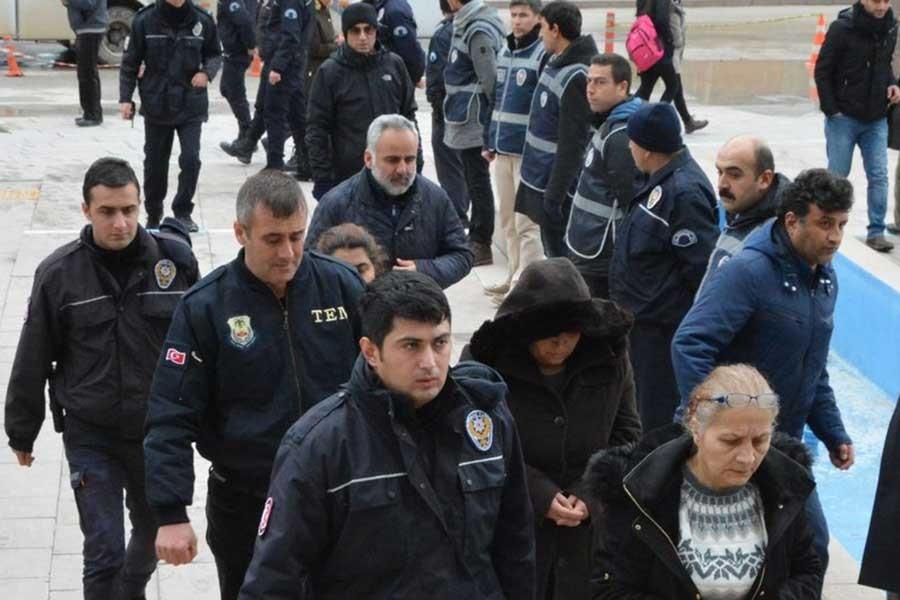 'Yer yok' gerekçesiyle Tarsus'a sürgün edildi