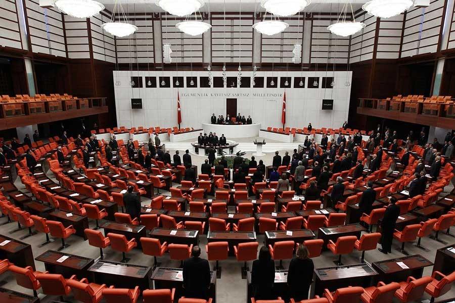 99 eski vekil: Anayasada öncelikle demokrasi aranmalı