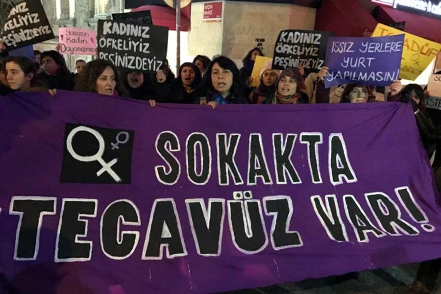 Etimesgutlu kadınlar: Sokaklar karanlık, denetim yok