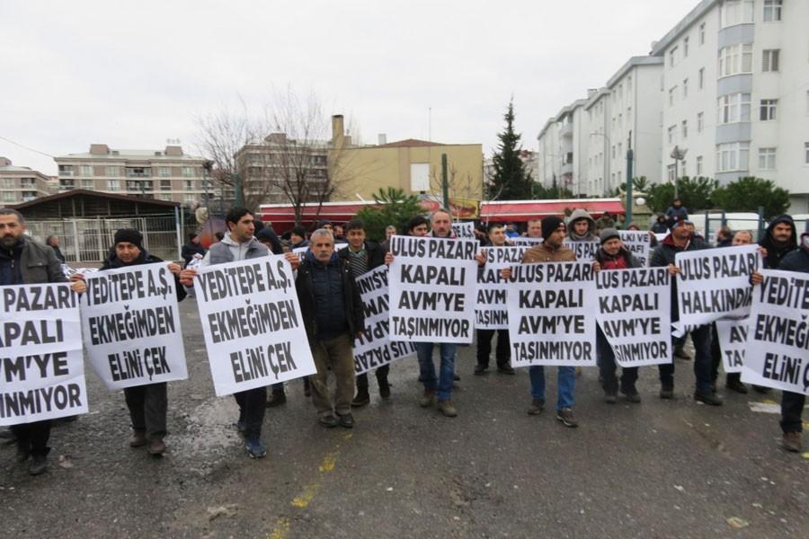 Çekmeköy'de 'Sosyete Pazarı' esnafından protesto