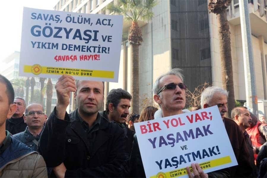 MEB'den 'grev teröre moral verdi' davası
