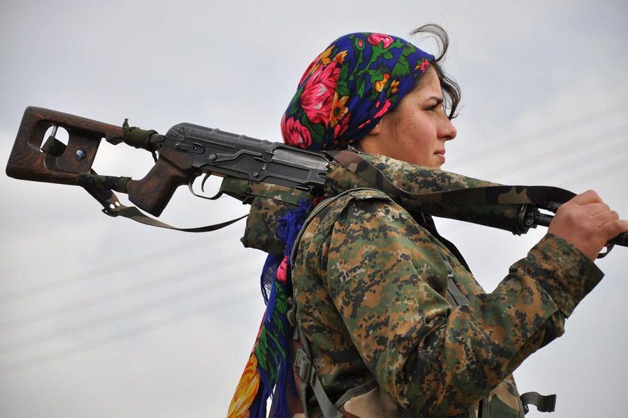 'IŞİD'i yenmek için Kürtleri silahlandır'