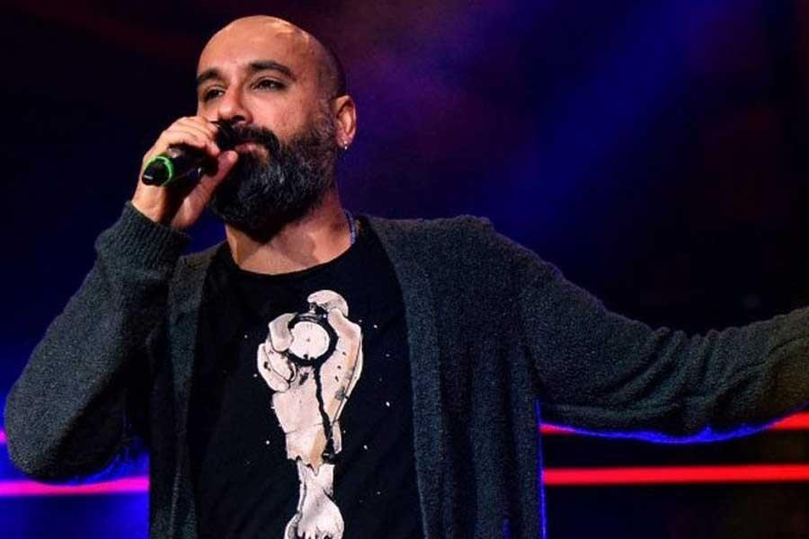 Şarkıcı Dodan'ın 'Kürtçe şarkı yasak' denilerek polislerce engellendiği iddia edildi