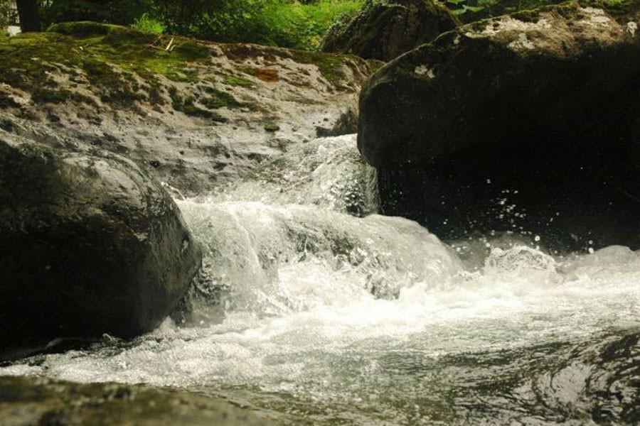 Ömrümüz sular gibi…