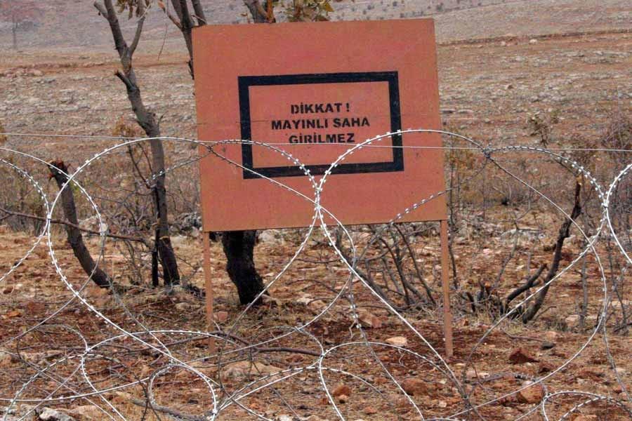 Sınırdaki mayınların temizlenmesi sırasında patlama yaşandı
