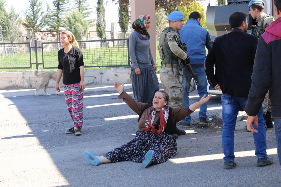 Seçim kavgasında 3 kişinin öldüğü sandıktan 'evet' çıktı