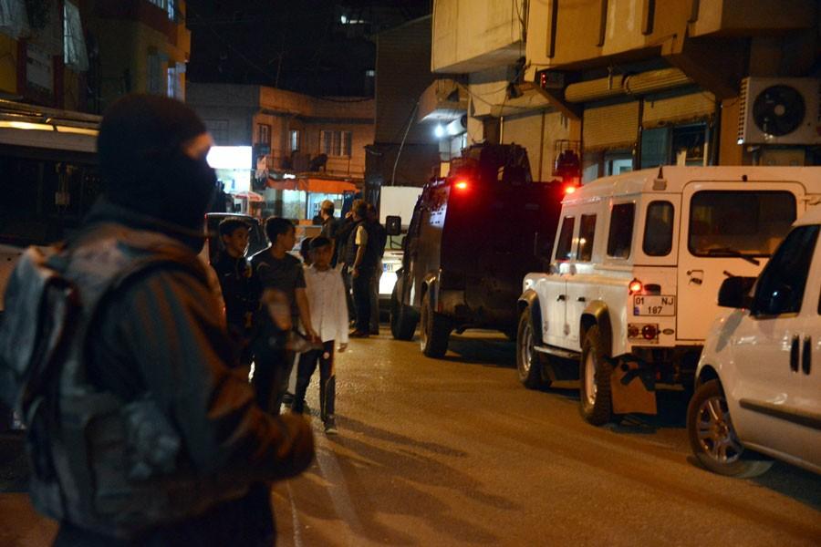 Adana'da Kürtlerin yaşadığı mahallelere gece baskını