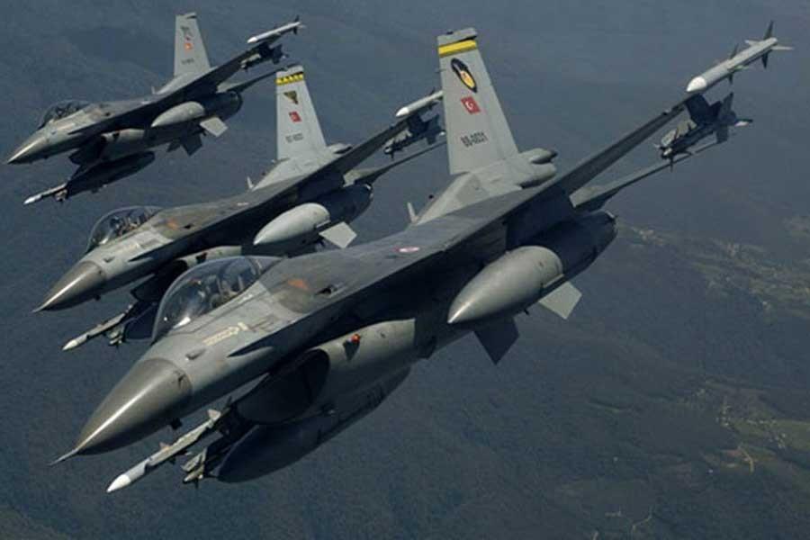 Hakkari'de hava harekatı: 13 PKK'linin öldürüldüğü açıklandı