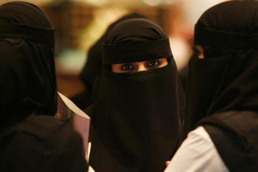 Suudi Arabistan'da kadınlara araba tehdidi