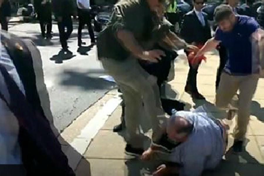 Washington Post: Burada protestocuları dövemezsiniz
