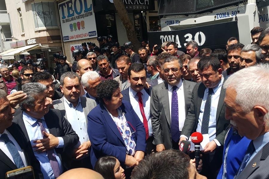 VEKİLLERDEN <br> VOLTALI TEPKİ