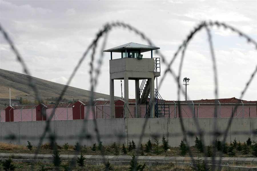 HDP: Antalya cezaevlerinde yoğun baskı var