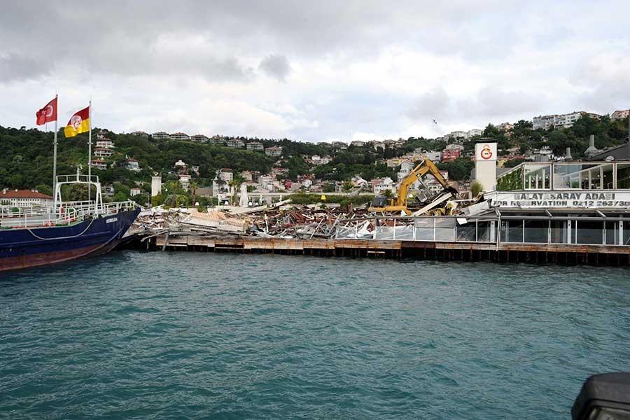 Galatasaray Adası'nda yıkım yapıldı