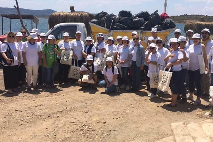 'Akdeniz'i temizleyelim': 2 saatte 500 kg çöp toplandı