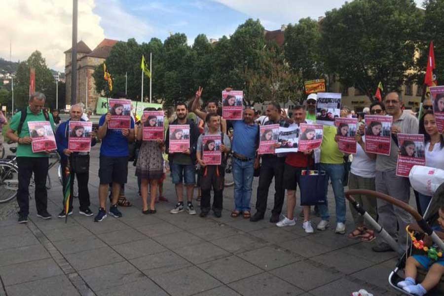 Stuttgart'tan 'Türkiyeli gazetecilere özgürlük' talebi