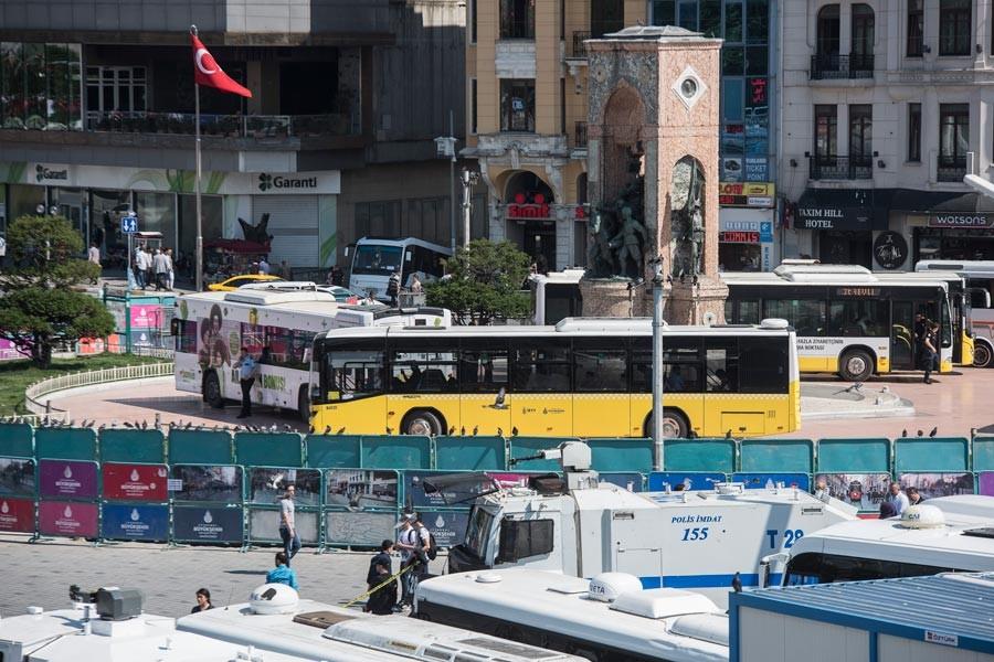 Taksim Meydanı abluka altına alındı