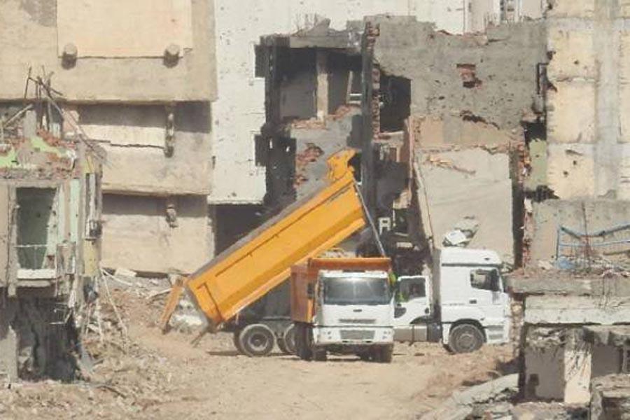 Mardin'de hafriyatların arasında bir cenaze bulundu