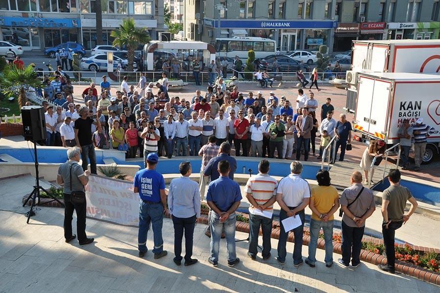 PETKİM'deki işten atmalar protesto edildi