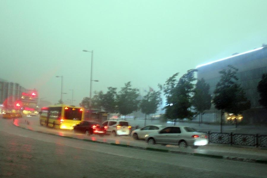 Bursa'da kötü hava yaşamı etkiledi