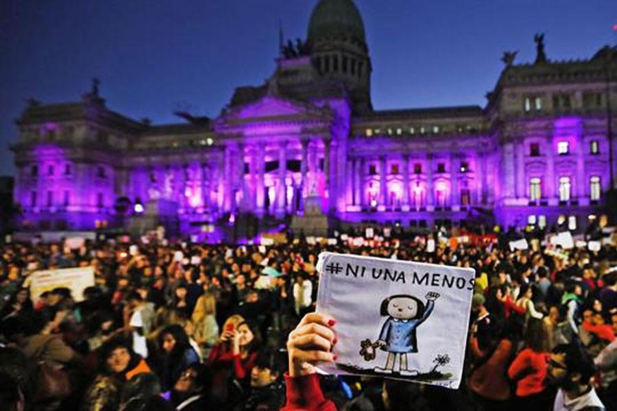 Arjantinli kadınlar: Kadına şiddetten devlet sorumludur