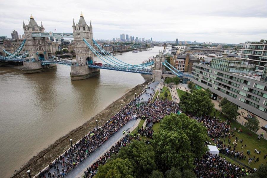 Londra saldırısında hayatını kaybedenler anıldı
