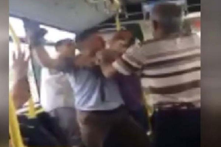 Metrobüs şoförüne silah çekti